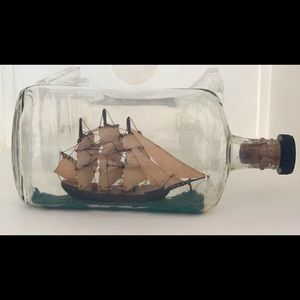 AUTHENTIC Vintage SHIP IN A BOTTLE